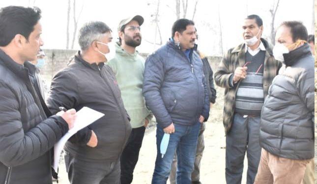 Deputy Mayor for scientific diposal of animal carcass