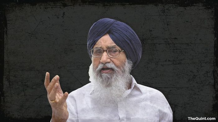 Parkash Singh Badal returns Padma award over farm laws