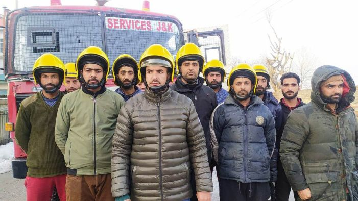 3 fire incidents in Pampore area, Fire and Emergency department hailed for prompt action