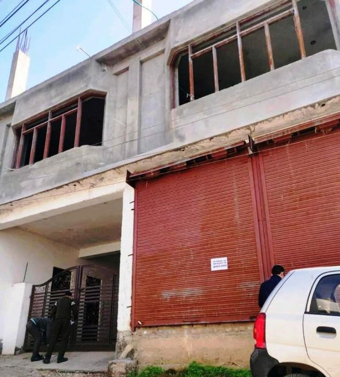 JMC seals 11 illegal structures in Jammu