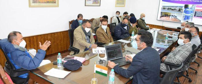 Principal Secy to LG reviews Srinagar Smart City Projects