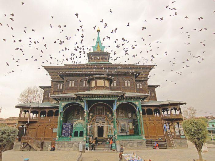 A view of Khanqah shrine in Srinagar