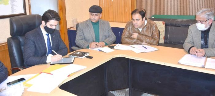 Athar Aamir Khan assumes charge as Commissioner SMC