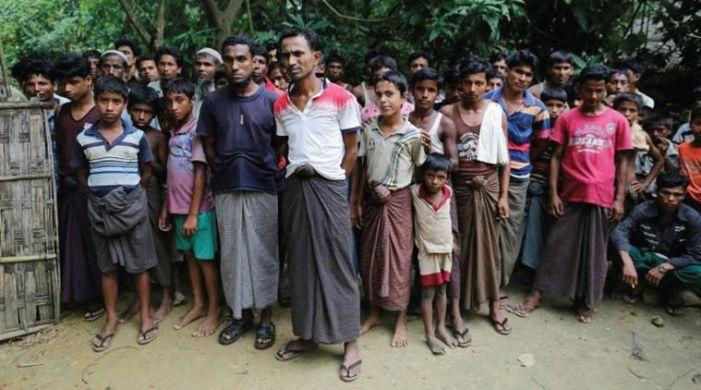 Fifteen dead, 500 missing as huge blaze engulfs Rohingya camp in Bangladesh