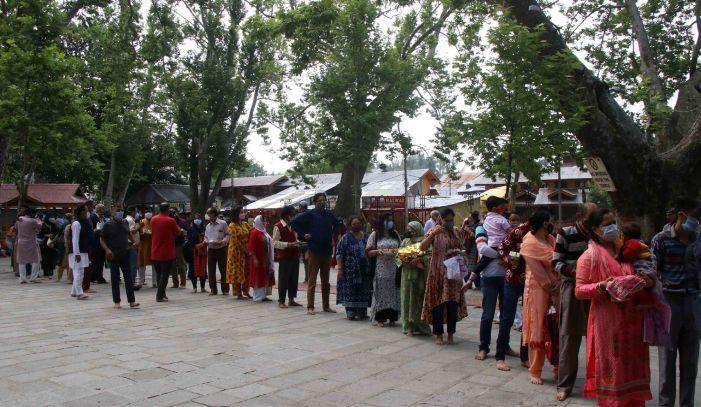 At Kheer Bhawani mela, Pandits pray for peace and their return to Kashmir