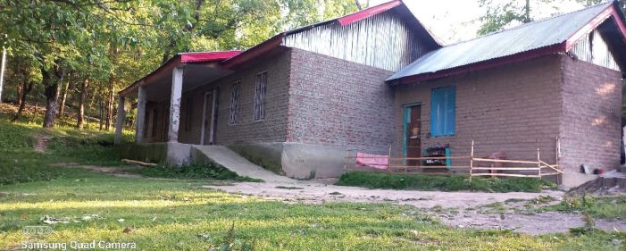 Entire govt school in Shopian occupied by non-local family for 3 years