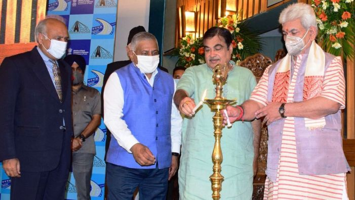 Gadkari, LG lay foundation for 4 NH projects worth 3612 crore in J&K