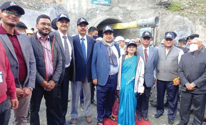 Extensive road network in Himalayan region will boost tourism sector: Gadkari