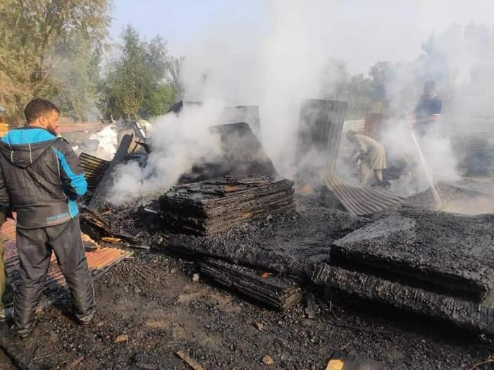 Four furniture shops gutted in massive blaze at Baba Demb Srinagar