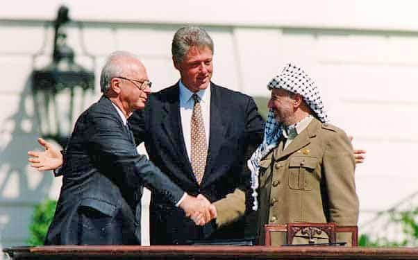 Why did the Oslo Accords fail to end Israeli occupation in Palestine?