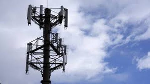 DoT asks telcos to clear dues by midnight