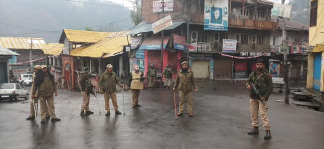 J-K: Day curfew lifted in Kishtwar, night curfew continues; Vyas meets families of deceased