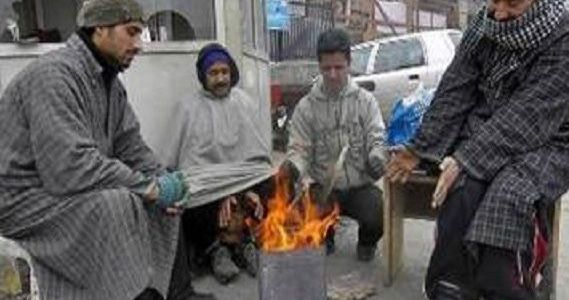 Kashmir remains freezing cold though sun shines after 3 days