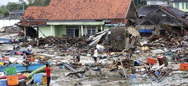 Indonesia tsunami survivors remain jittery as deaths hit 429