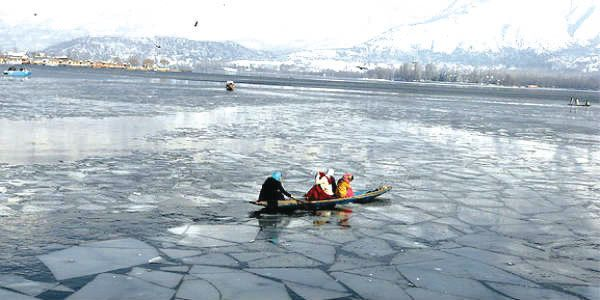 Srinagar records coldest night after eight years, shivers at minus 7.8 degrees Celsius