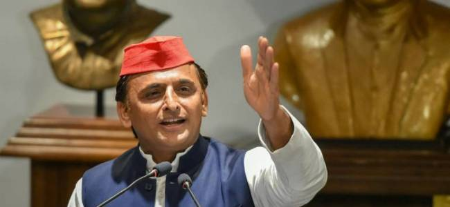 Akhilesh asks UP CM to also 'reveal' caste of other Gods