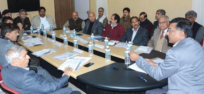 CEO meets representatives of political parties