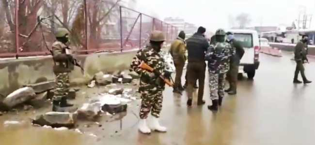 Rajbagh Srinagar: Forces launch search operation post grenade attack