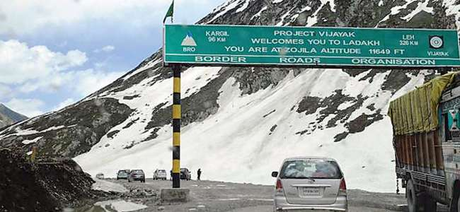 Govt forms panel to oversee Zojila road functioning