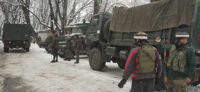 After 'tip off' about militants presence, forces lay siege over Rafiabad Baramulla