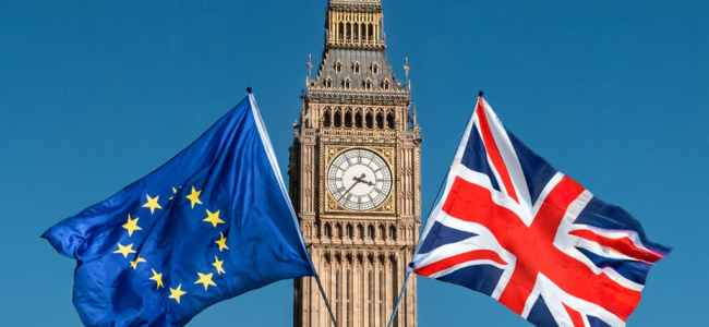 British government, opposition in Brexit crisis talks