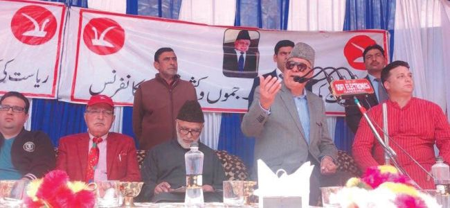 Annulling Articles 370, 35-A will tantamount to constitutional coup: Farooq