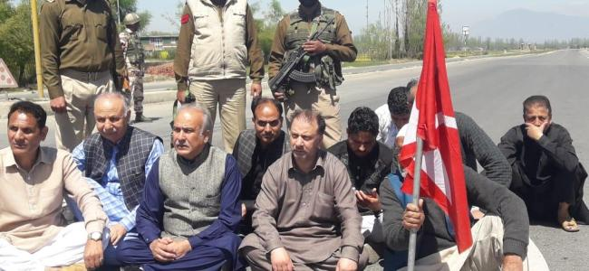 Highway blockade: NC, PDP stages protest