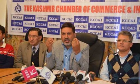 As govt asks Yatris, tourists to pack up from Kashmir, trade body flags tourism 'promotion'