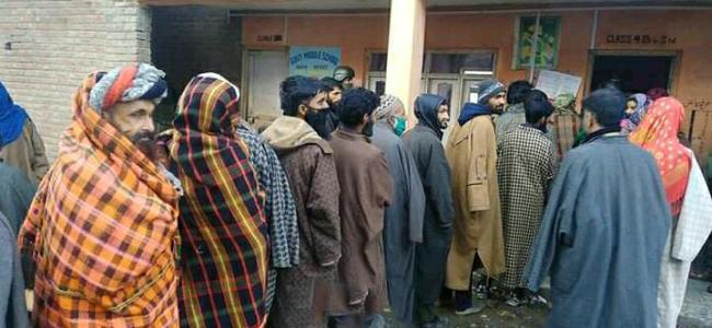 Amid tight security arrangements, polling begins