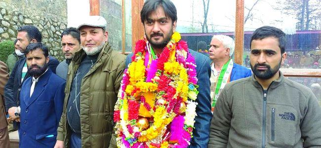 DDC polls: PAGD candidate Nasir Mir files nomination