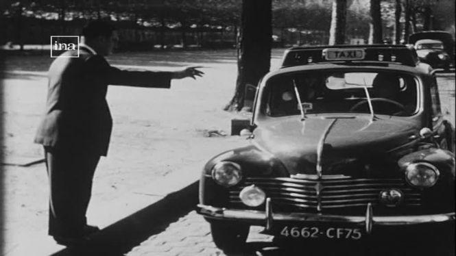 paryż taksówka stara