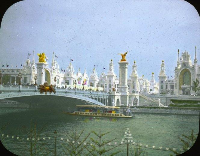 Paryska ekspozycja w 1900 roku: Most Aleksandra III