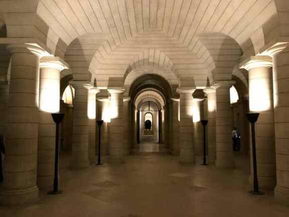 crypts under the pantheon paris