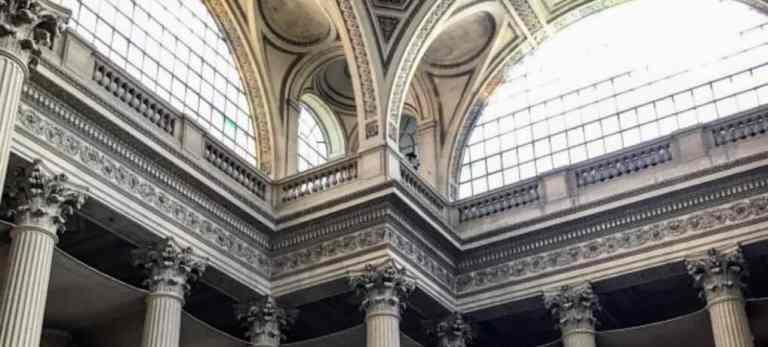 Paris guides: visiting the Pantheon museum