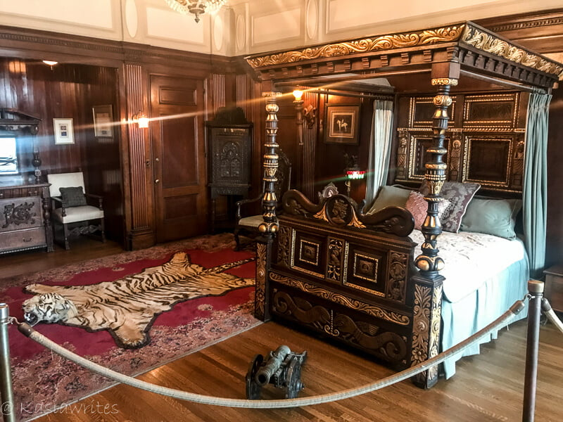 master bedroom in Casa Loma
