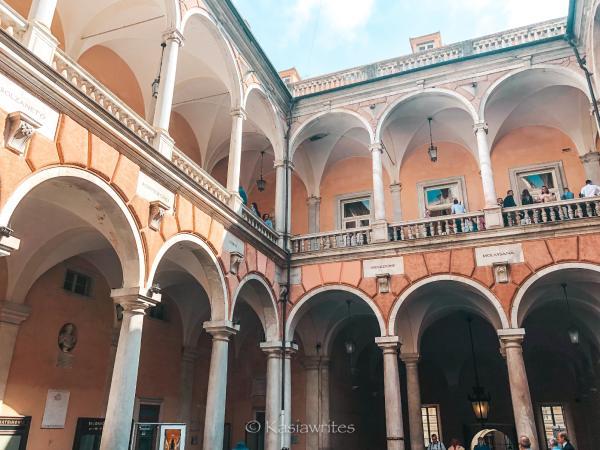 palazzo courtyard visit Genoa