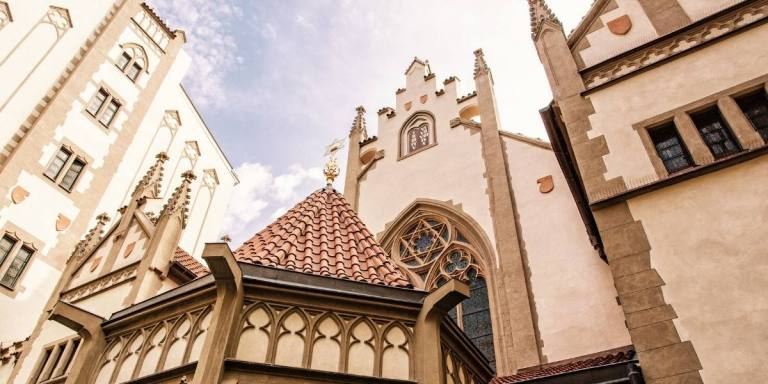 Prague's Jewish Quarter virtual experience: unveil incredible stories of the past