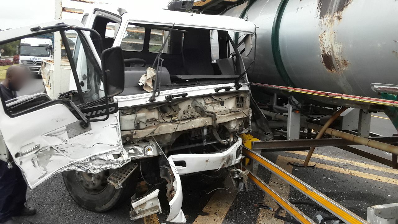 Two injured KZN South Coast crash