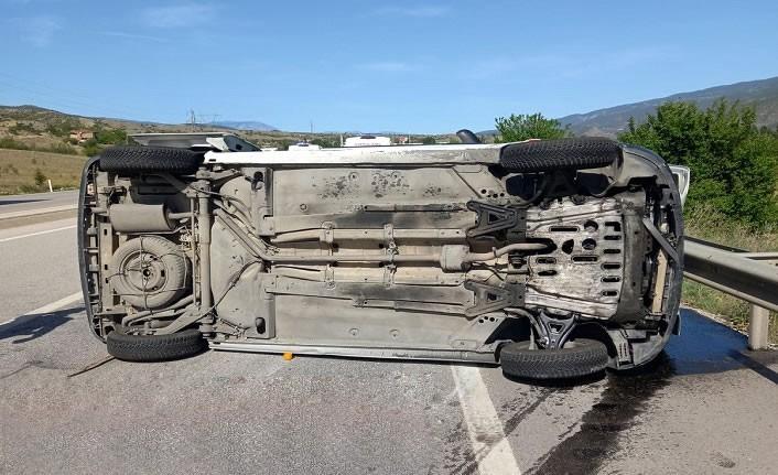 Kastamonu'da D-100'de kamyonet devrildi