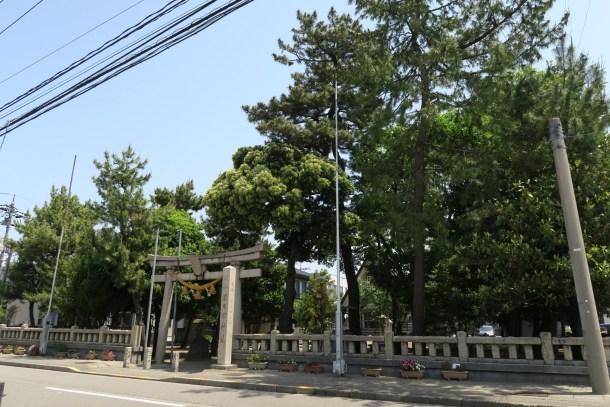 米日吉神社 神旗掲揚塔