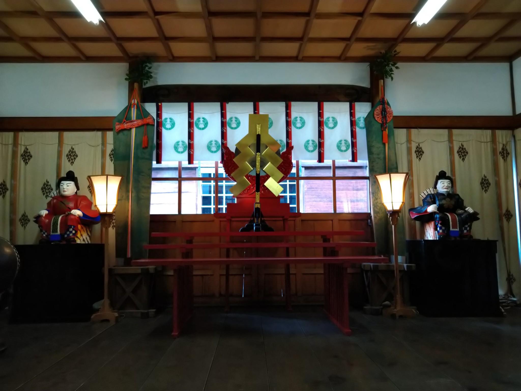 稲荷社_拝殿壁代(正面)_令和元年6月