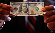Wpłaty i wypłaty kasyno