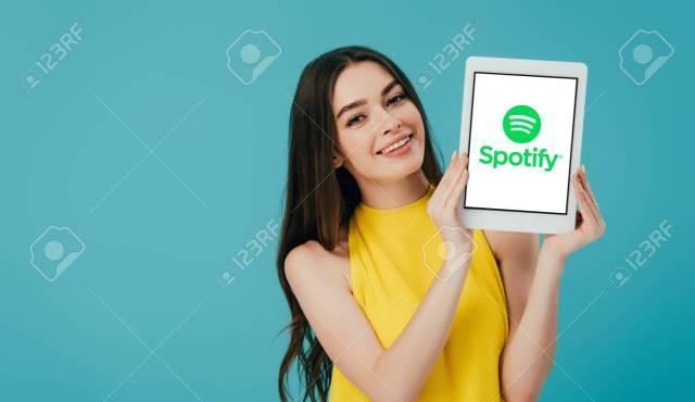 Miliki 1,3 Juta Podcast, Spotify Klaim Dominasi Pasar Podcasting