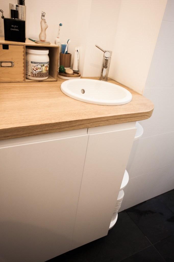 Meuble salle de bain avec la lave-linge intégré