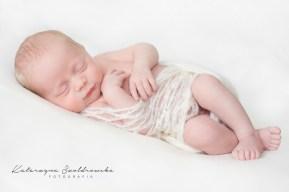dziecieca fotografia noworodkowa chlopca krakow