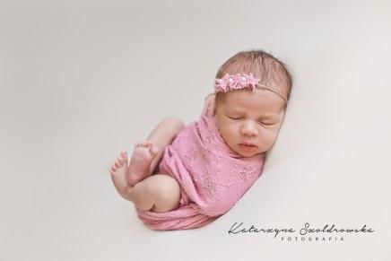 sesja noworodkowa dziewczynka kraków fotograf