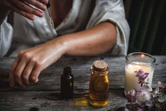 essential oils for postpartum