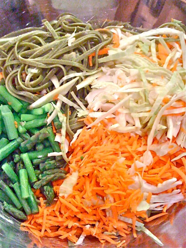 Raw, Vegan, Veggie Pasta Salad