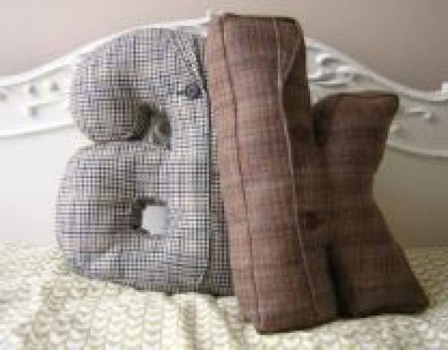 Vintage Styling Tips - reclaimed materials - vintage tweed cushions via Your Vintage Life by Kate Beavis
