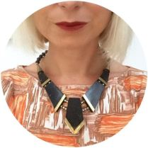 Vintage necklace jewellery on Kate Beavis blog